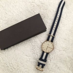 Rose Gold Daniel Wellington women's watch.